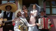 """""""Indianos"""" música callejera"""