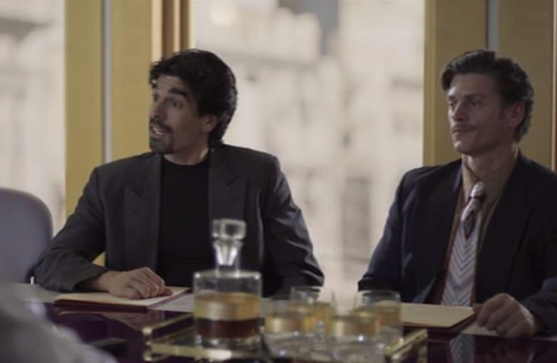 aparición en Luis Miguel la serie